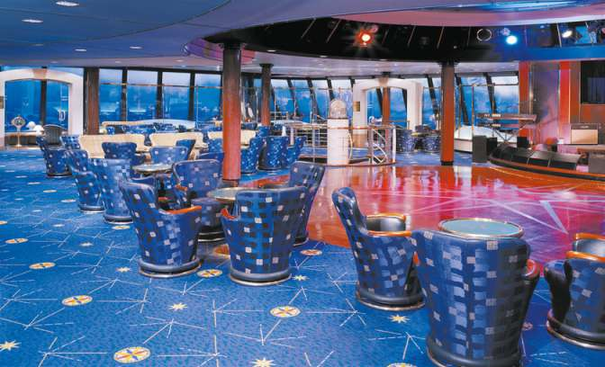 De Galaxy of the stars lounge op de Norwegian spirit van NCL