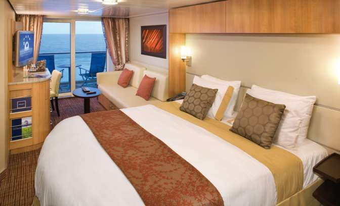 Een balkonhut op de Celebrity Reflection van Celebrity cruises