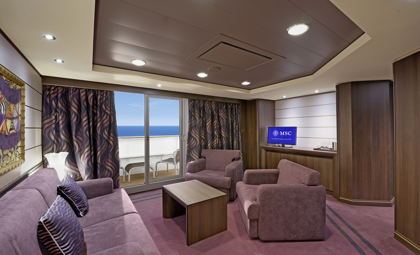 Grand suite lounge op de MSC Preziosa