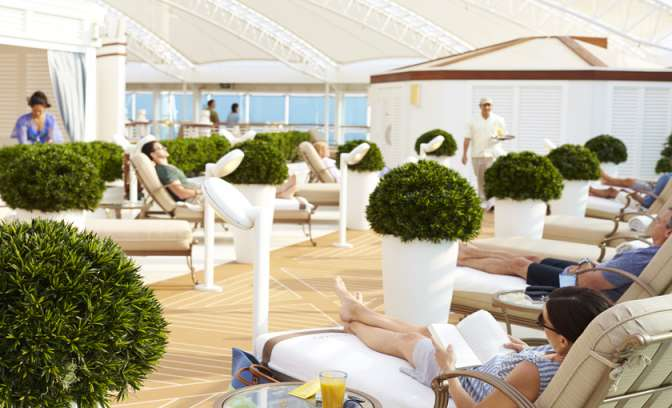 Binnentuin op de Royal Princess van Princess Cruises