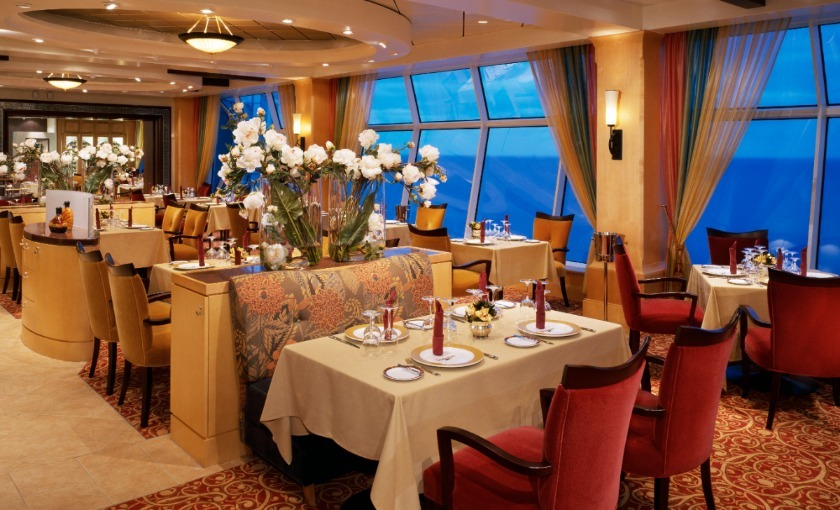 Het restaurant op de Explorer of the Seas